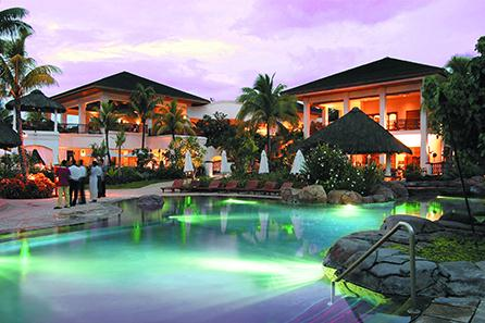 HiltonMauritiusResortSpa_by_night