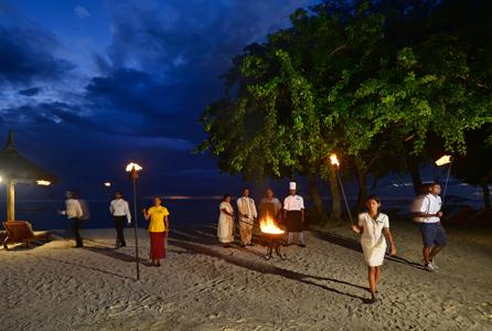 HiltonMauritiusResortSpa_TorchLightingCeremon